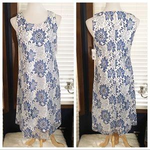 Roz & Ali Blue & White Lace Dress size 4